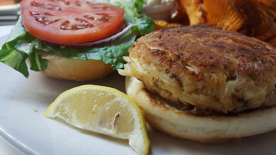 Fried Crab Cake Sandwich